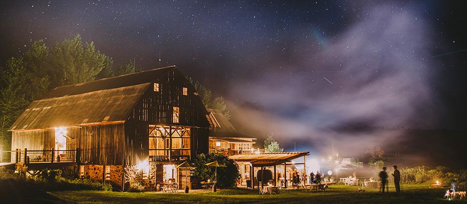 The Enchanted Barn Wisconsin Bride