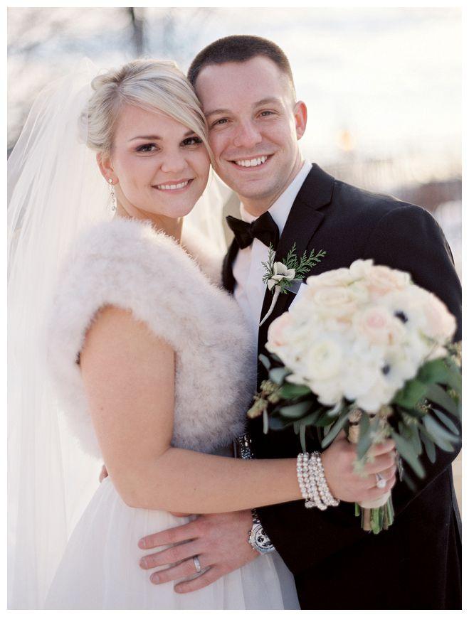 Wisconsin Winter Wedding with Glam | Wisconsin Bride