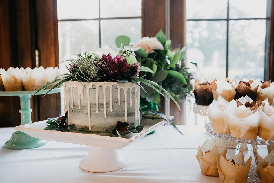 Sweet Springtime Wedding Cakes