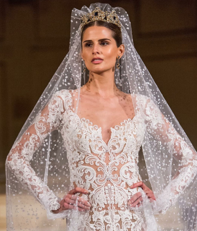 The Age Of Royals: Regal Wedding Gowns Rule The Runways