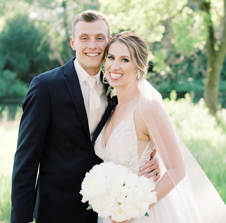 Amber and Ryan wed at The Lageret