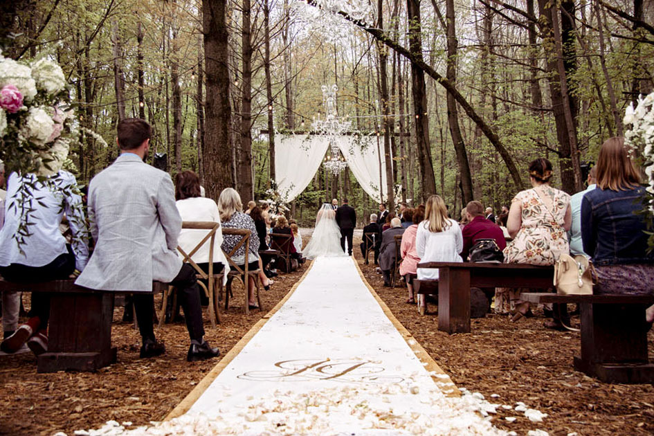 Rustic Chic Wedding in Wisconsin Dells