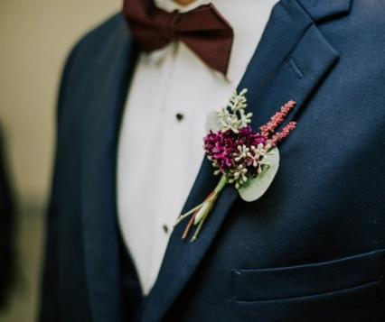 Boutonnieres You'll Both Love | Wisconsin Bride