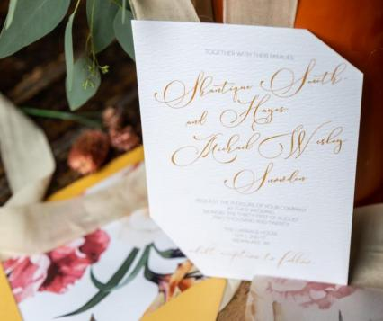 Taylor Design & Stationary, Photo by Amanda Evans Photography