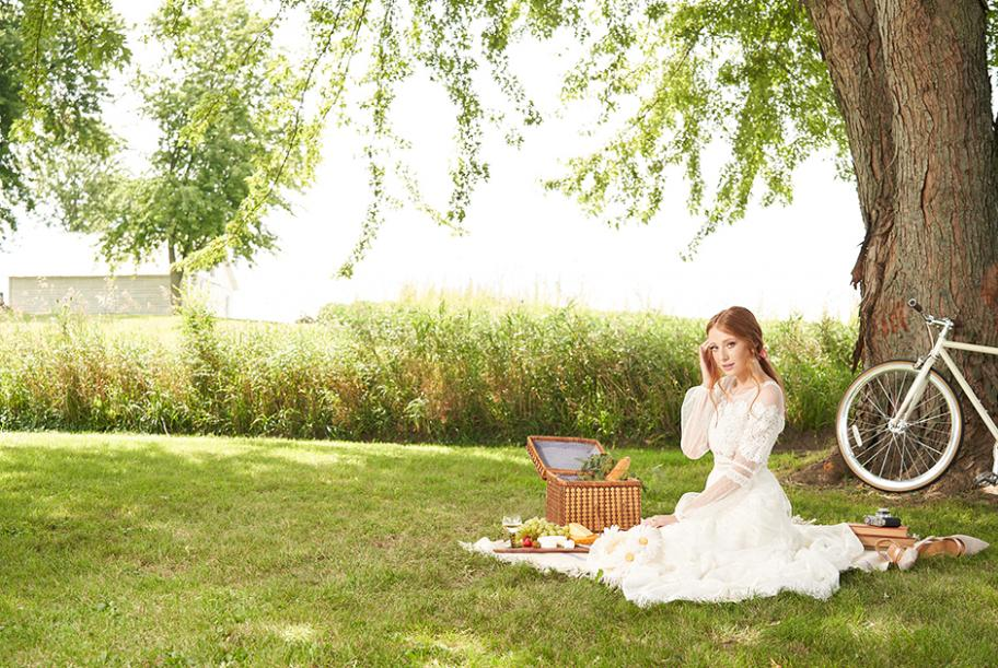 Summer bridal dresses perfect for the countryside