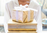 Registry, Gifts & Favors