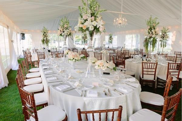 Wisconsin bridal and wedding tips fashion trends inspiration